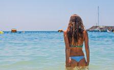 995523002-bikini-1959941_1920.jpg